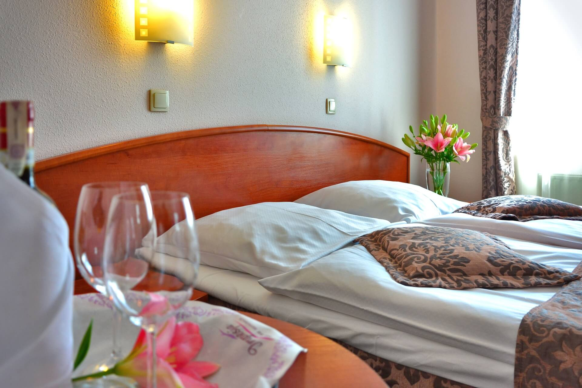 Hotel Ouro Lavras - Noite de núpcias - Lua de mel - Descontos para noivos