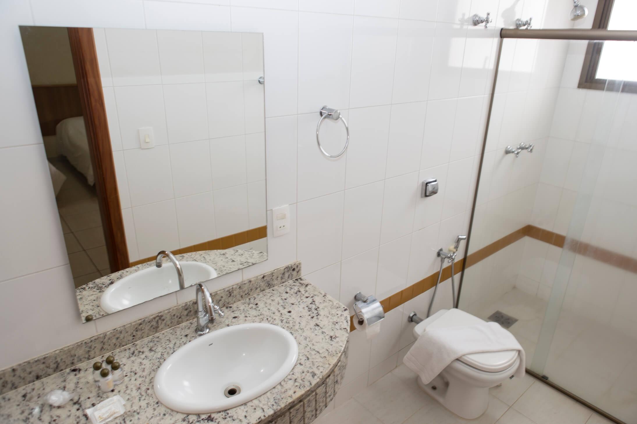 Hotel Ouro Lavras - Quadro Luxo Quádruplo